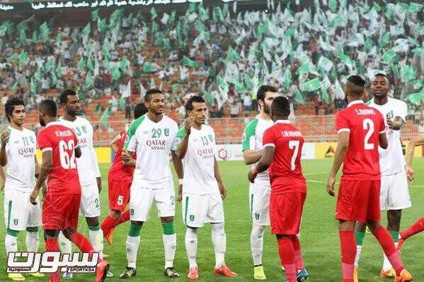 صور من لقاء الأهلي السعودي و أهلي دبي