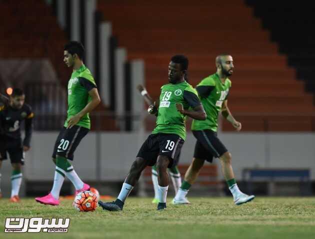 تدريبات المنتخب السعودي  (30191498) 