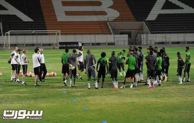 تدريبات المنتخب السعودي (30191499) 