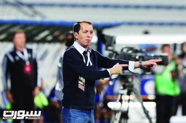 Manama Soccer team  head coach give instruction to his players during their GCC Club Cup match between Al Nasr(UAE) Vs Manama (BHR)at Al Maktoum Stadium Dubai on Mar,18,2015 Photo by Nasser babu